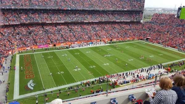 Broncos Stadium at Mile High, sección: 512, fila: 4, asiento: 10
