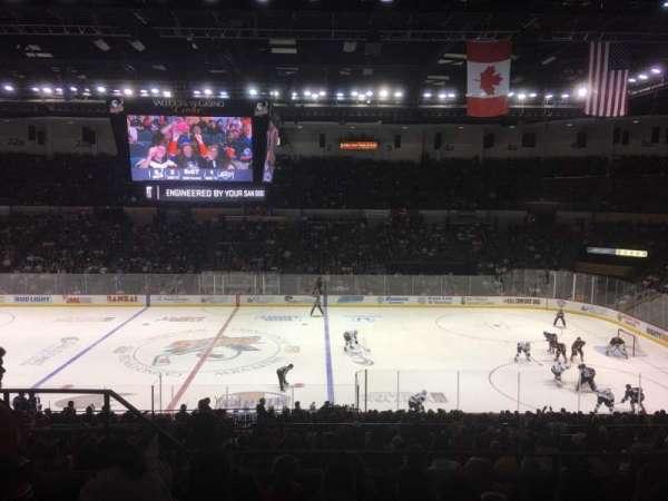 Pechanga Arena, sección: T12, fila: 6, asiento: 12