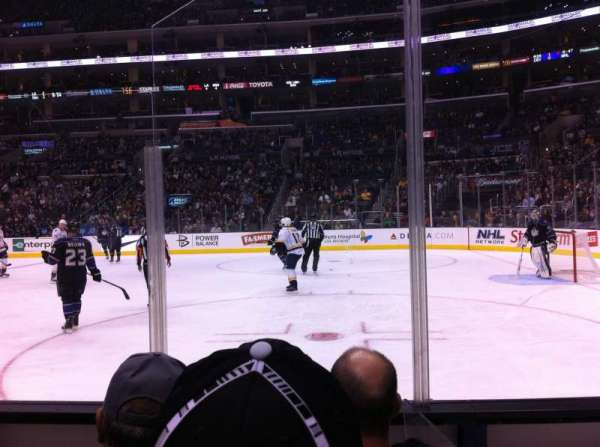 Staples Center, sección: 109, fila: 4, asiento: 2