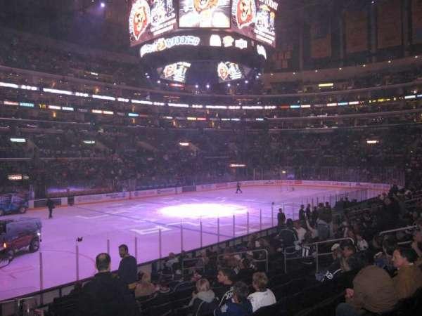 Staples Center, sección: 114, fila: 16, asiento: 1