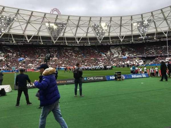 London Stadium, sección: 106, fila: 2, asiento: 356