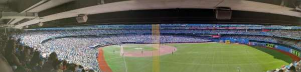 Rogers Centre, sección: 209L, fila: 13, asiento: 105