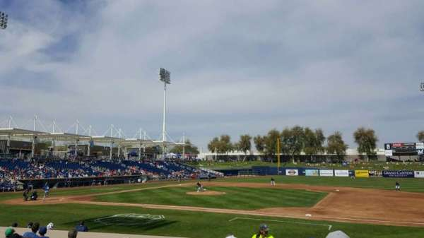 Maryvale Baseball Park, sección: 111, fila: P, asiento: 20