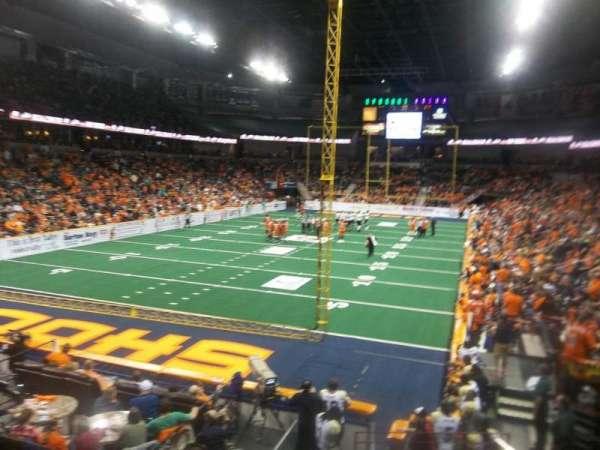 Spokane Arena, sección: 123, fila: T, asiento: 4