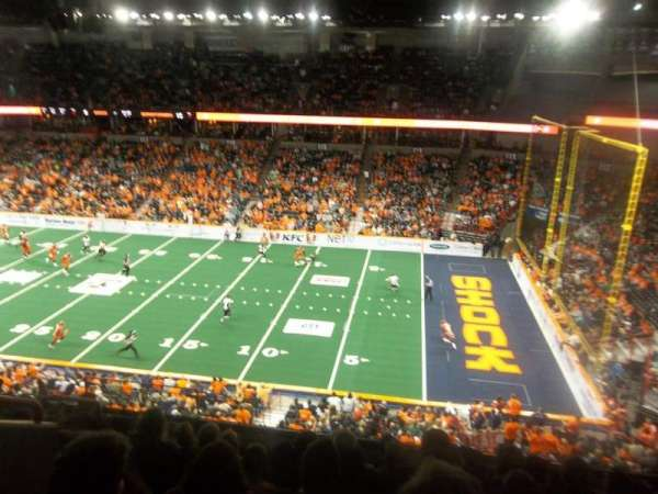 Spokane Arena, sección: 206, fila: M, asiento: 6