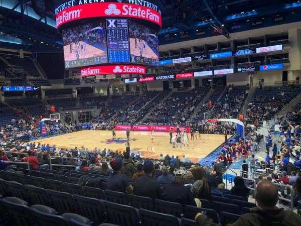 Wintrust Arena, sección: 122, fila: P, asiento: 3