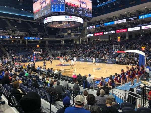Wintrust Arena, sección: 121, fila: D, asiento: 6