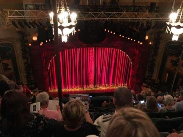 Shubert Theatre, sección: Balcony C, fila: H, asiento: 111