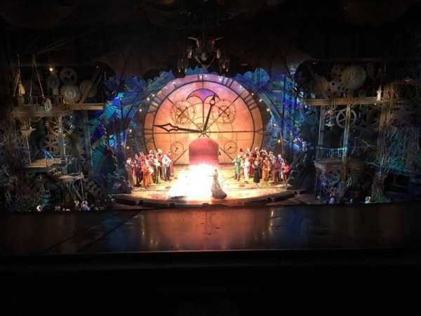 Gershwin Theatre, sección: FMEZZ, fila: A, asiento: 108