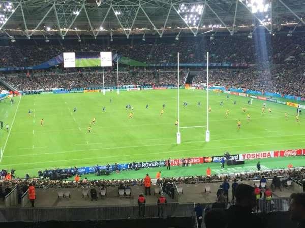 London Stadium, sección: 220, fila: 50, asiento: 67