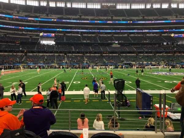 AT&T Stadium, sección: C113, fila: 4, asiento: 3