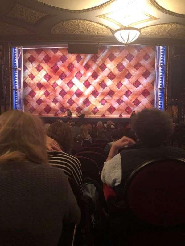 Brooks Atkinson Theatre, sección: Orchestra C, fila: Q, asiento: 112