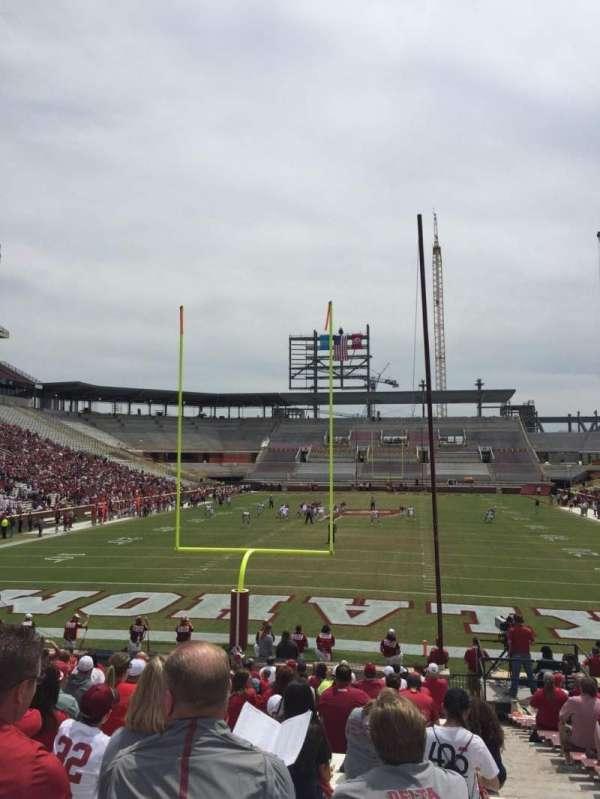 Gaylord Memorial Stadium, sección: 17, fila: 28, asiento: 2