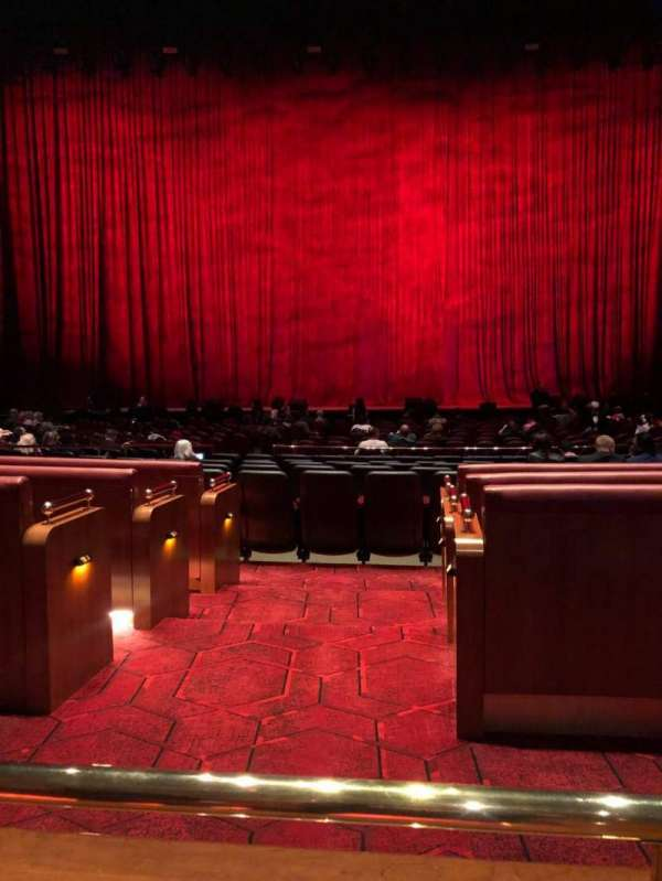The Colosseum At Caesars Palace, sección: 204, fila: A, asiento: 417