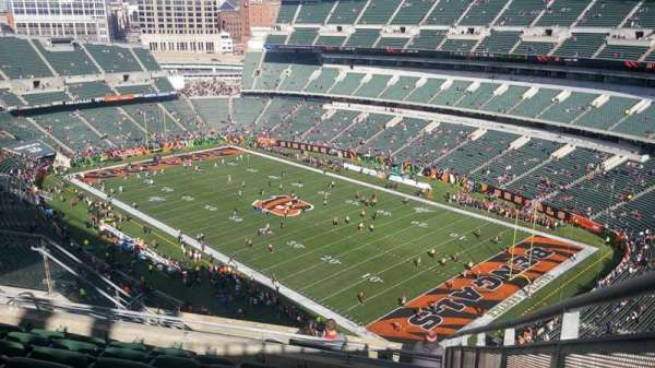 Paul Brown Stadium, sección: 303, fila: 19, asiento: 1