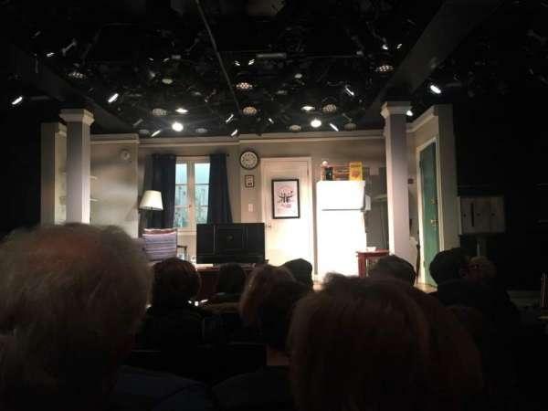 Westside Theatre, sección: Orch, fila: E, asiento: 106