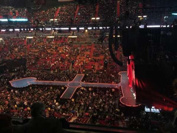 American Airlines Arena, sección: 308, fila: 3, asiento: 2