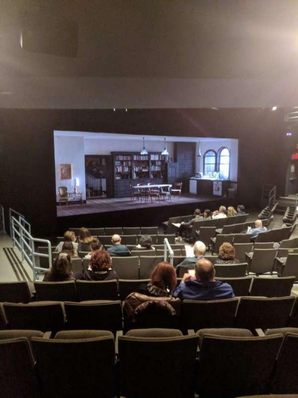 Laura Pels Theatre, sección: ORCH, fila: O, asiento: 15