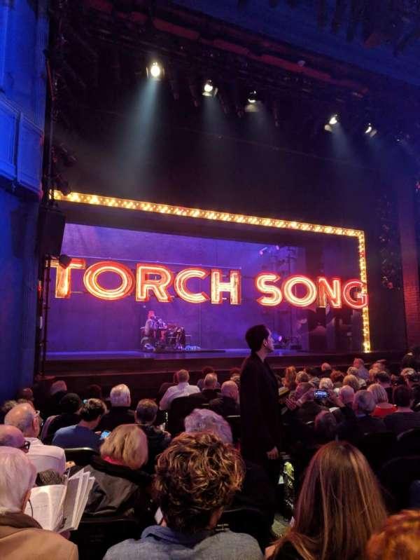 Hayes Theater, sección: ORCHO, fila: L, asiento: 5