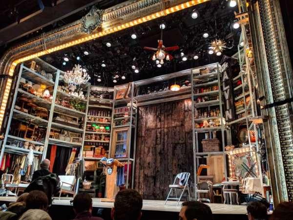 Laura Pels Theatre, sección: ORCH, fila: F, asiento: 8