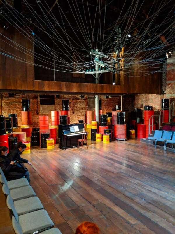 Classic Stage Company, sección: ORCH, fila: B, asiento: 103