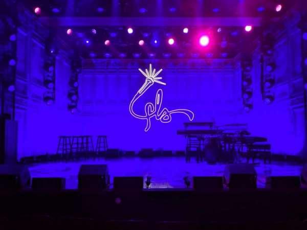 Booth Theatre, sección: Orchestra C, fila: AA, asiento: 107