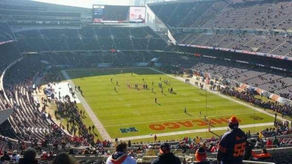 Soldier Field, sección: 355, fila: 24, asiento: 17