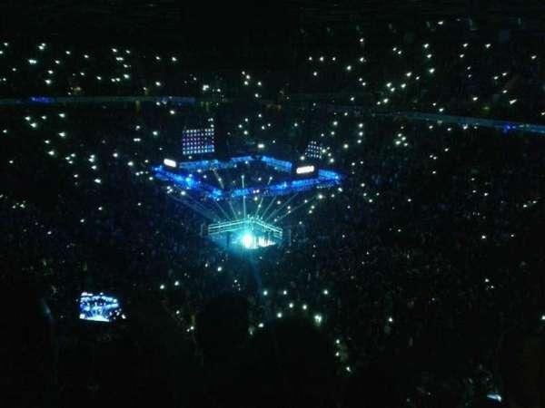 Manchester Arena, sección: 206, fila: k