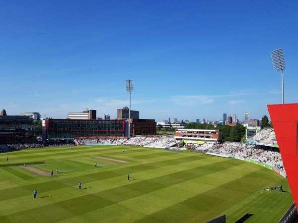 Old Trafford Cricket Ground, sección: Upper Tier, fila: Back Row