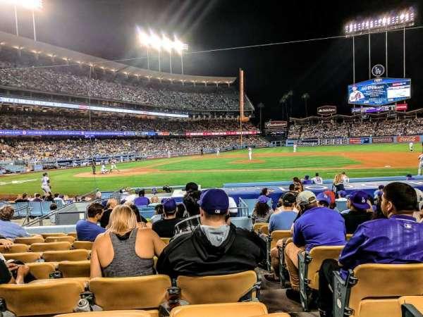 Dodger Stadium, sección: 16FD, fila: J, asiento: 8