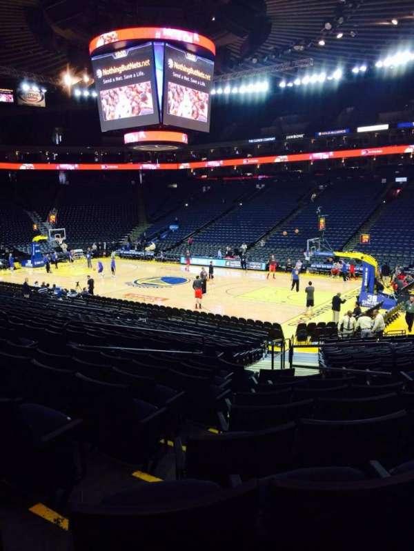 Oracle Arena, sección: 111, fila: 18, asiento: 3