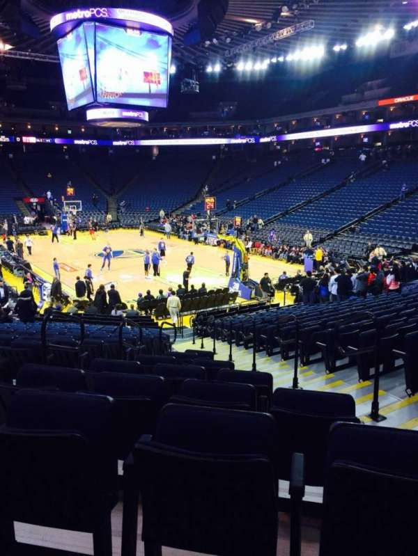 Oracle Arena, sección: 123, fila: 18, asiento: 7