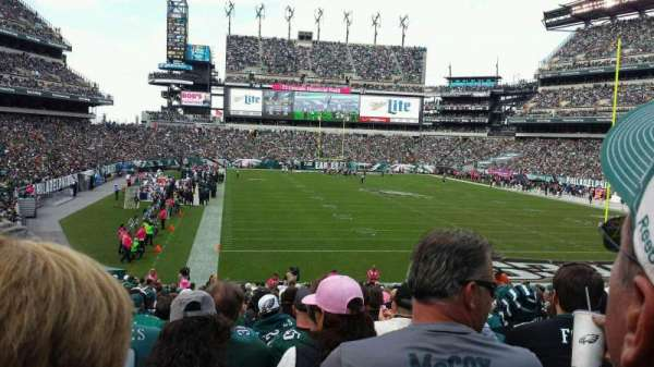 Lincoln Financial Field, sección: 109, fila: 28, asiento: 14