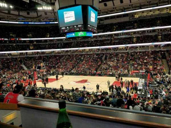 United Center, sección: L57