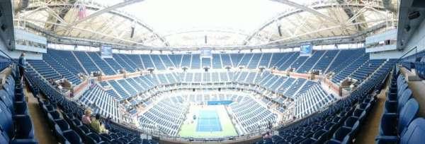 Arthur Ashe Stadium, sección: 301, fila: M, asiento: 7