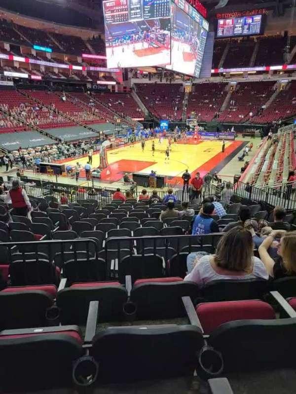 Toyota Center, sección: 112, fila: 19, asiento: 13