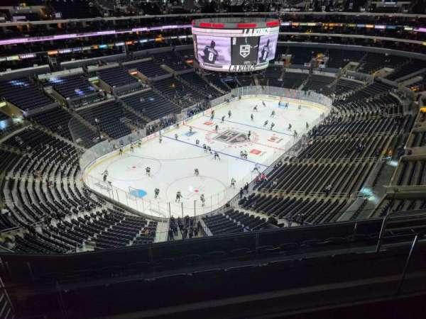 Staples Center, sección: 323, fila: 7, asiento: 15
