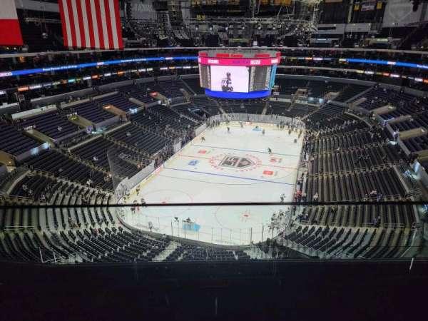 Staples Center, sección: 325, fila: 6, asiento: 14