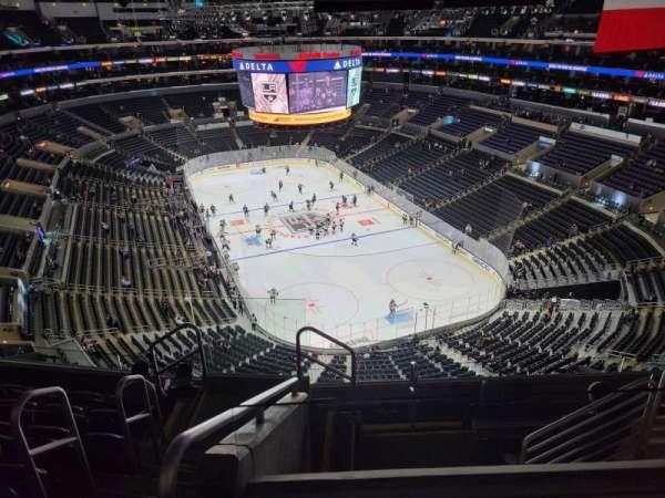 Staples Center, sección: 328, fila: 7, asiento: 25