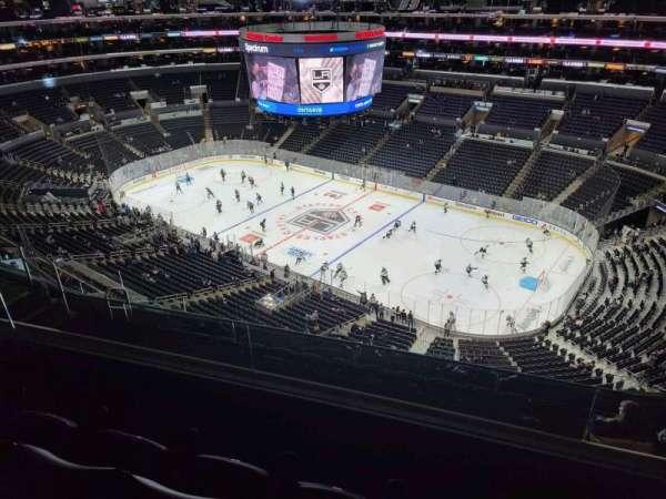 Staples Center, sección: 332, fila: 8, asiento: 10