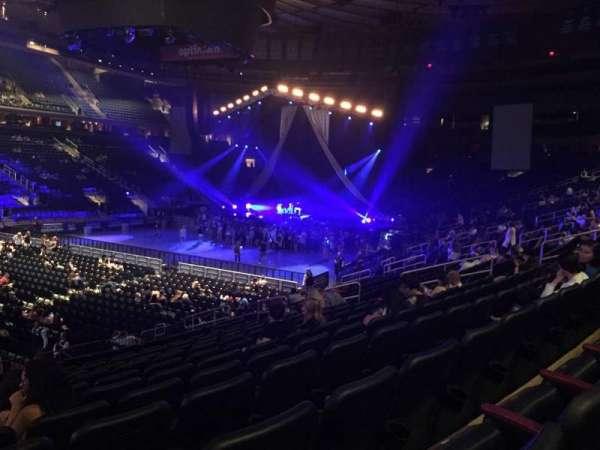 Madison Square Garden, sección: 105, fila: 16, asiento: 1