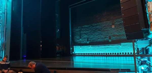Broadhurst Theatre, sección: Orchestra R, fila: F, asiento: 10