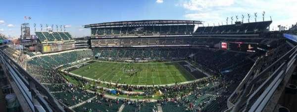 Lincoln Financial Field, sección: 202, fila: 1, asiento: 9