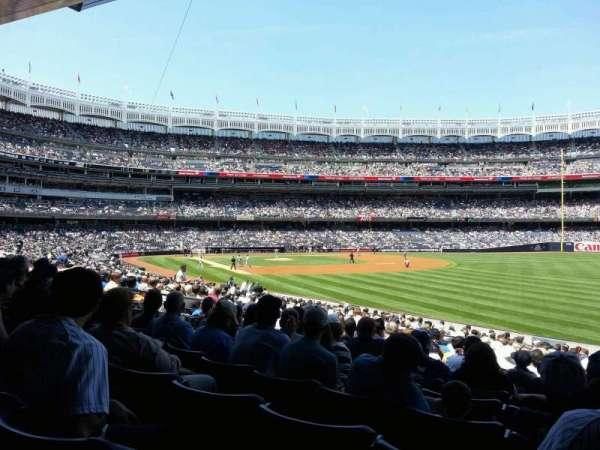 Yankee Stadium, sección: 109, fila: 24, asiento: 7