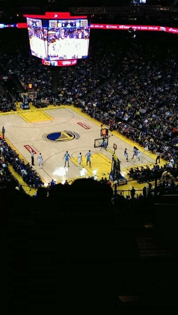 Oakland Arena, sección: 227, fila: 10, asiento: 1