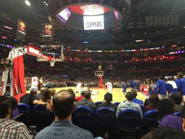 Staples Center, sección: 106 Baseline, fila: D, asiento: 1