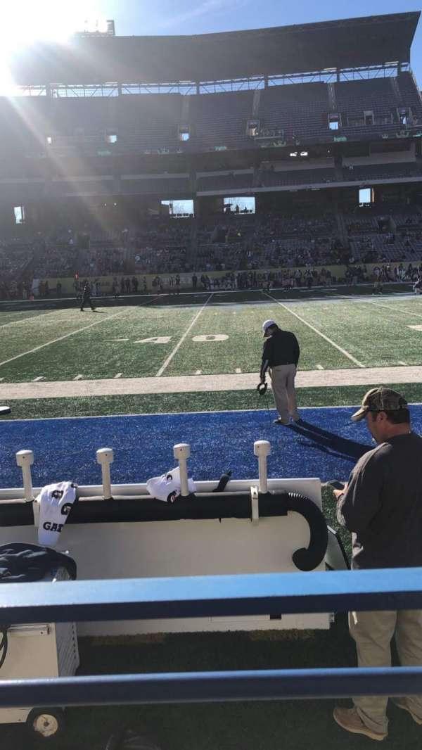 Georgia State Stadium, sección: 132, fila: 1, asiento: 1