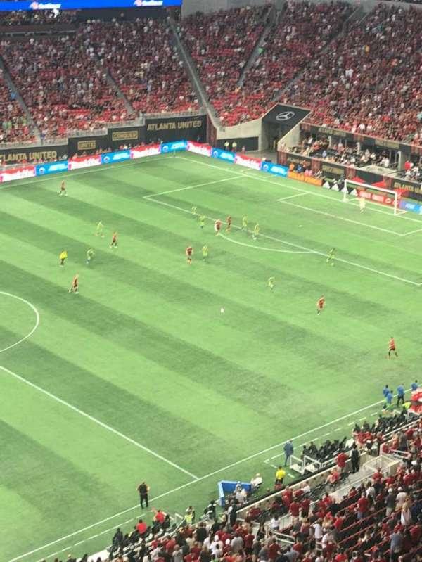 Mercedes-Benz Stadium, sección: 343, fila: 1, asiento: 3