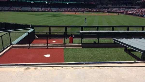 Angel Stadium, sección: P258, fila: H, asiento: 9