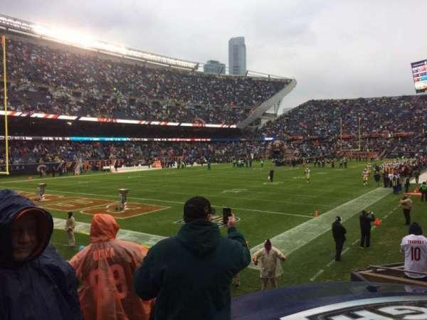 Soldier Field, sección: 119, fila: 10, asiento: 9